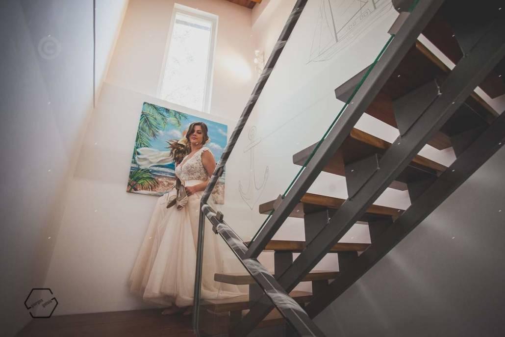 νύφη στις σκάλες, bride on stairs