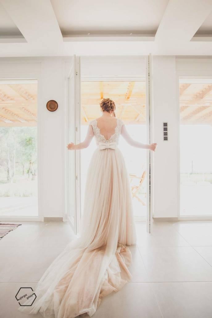 φωτογραφίες γάμου, νύφη με πλάτη