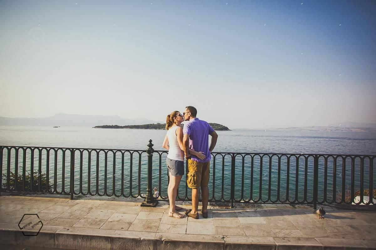 κέρκυρα φωτογράφιση ζευγαριου παραλία