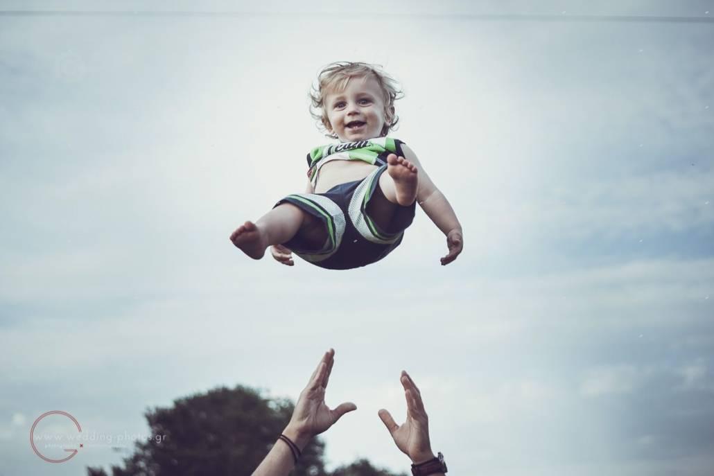 παιδί στον αέρα