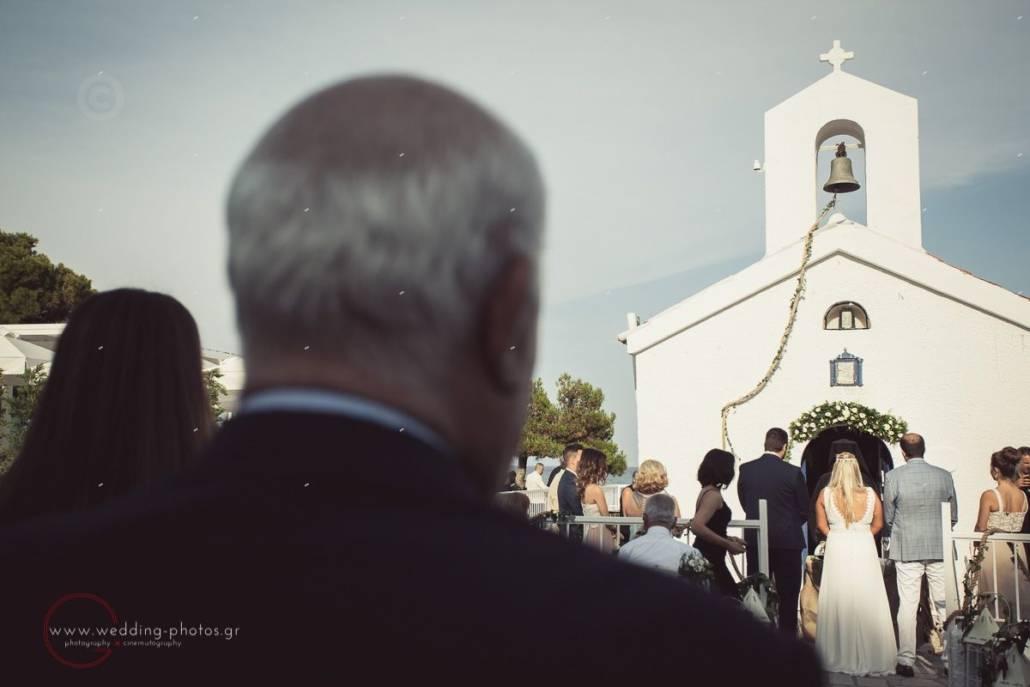 τελετή γάμου σε ξωκκλήσι