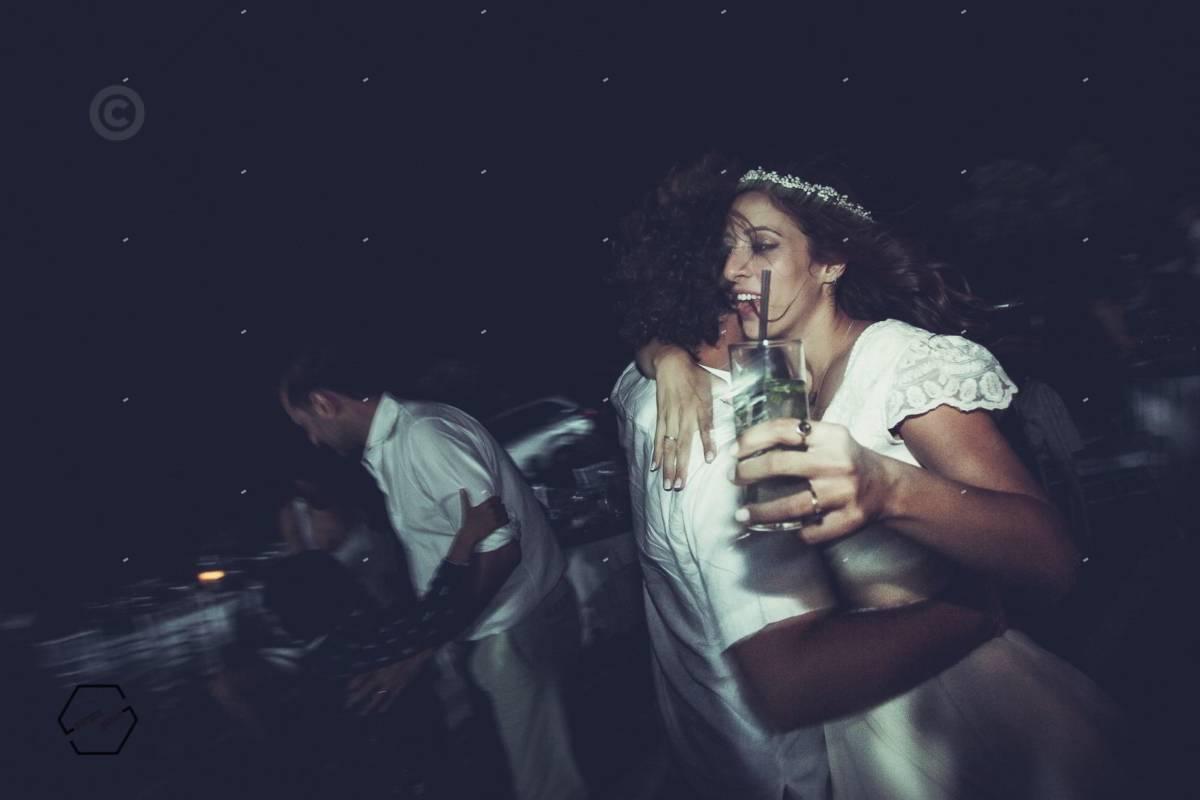 αυθόρμητες φωτογραφίες γάμων