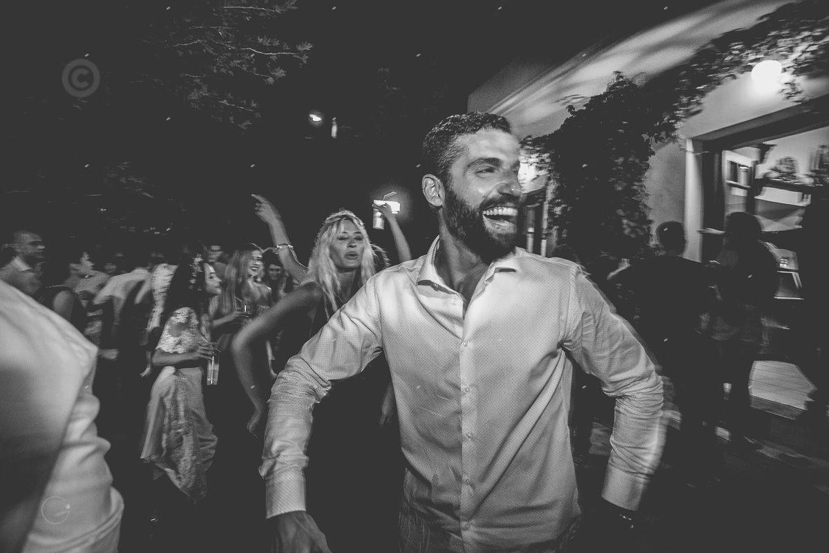 βίντεο από πάρτυ γάμου στα Κύθηρα