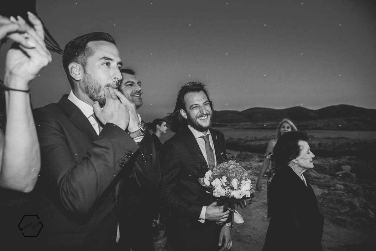η νύφη έρχεται από τη θάλασσα