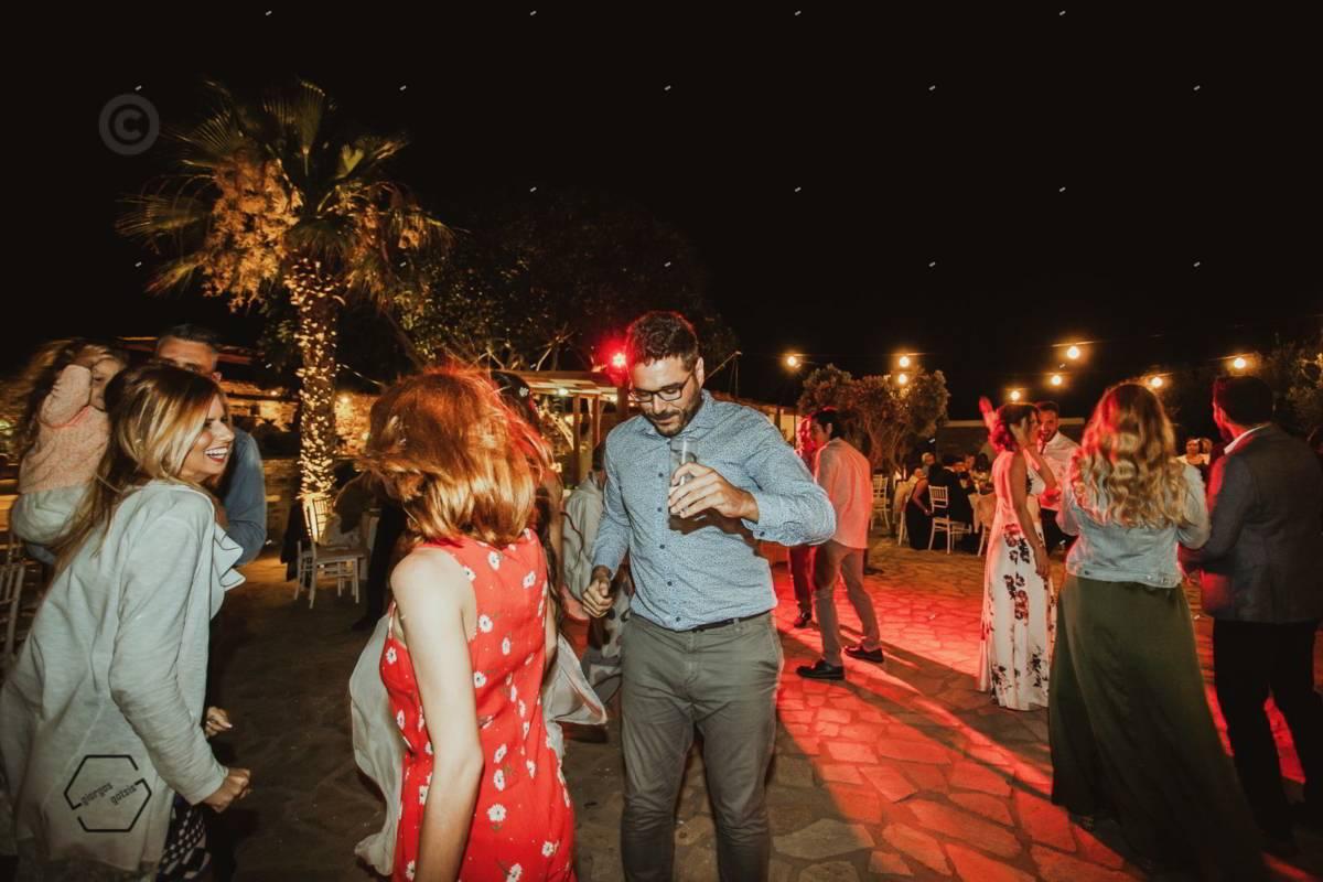 γαμήλιο πάρτυ στην Πάρο