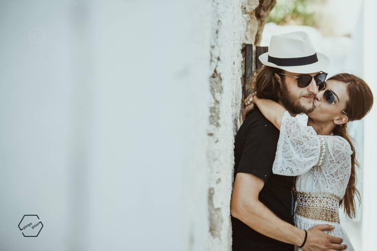 φωτογράφηση γάμου στο κάστρο Αντίπαρος