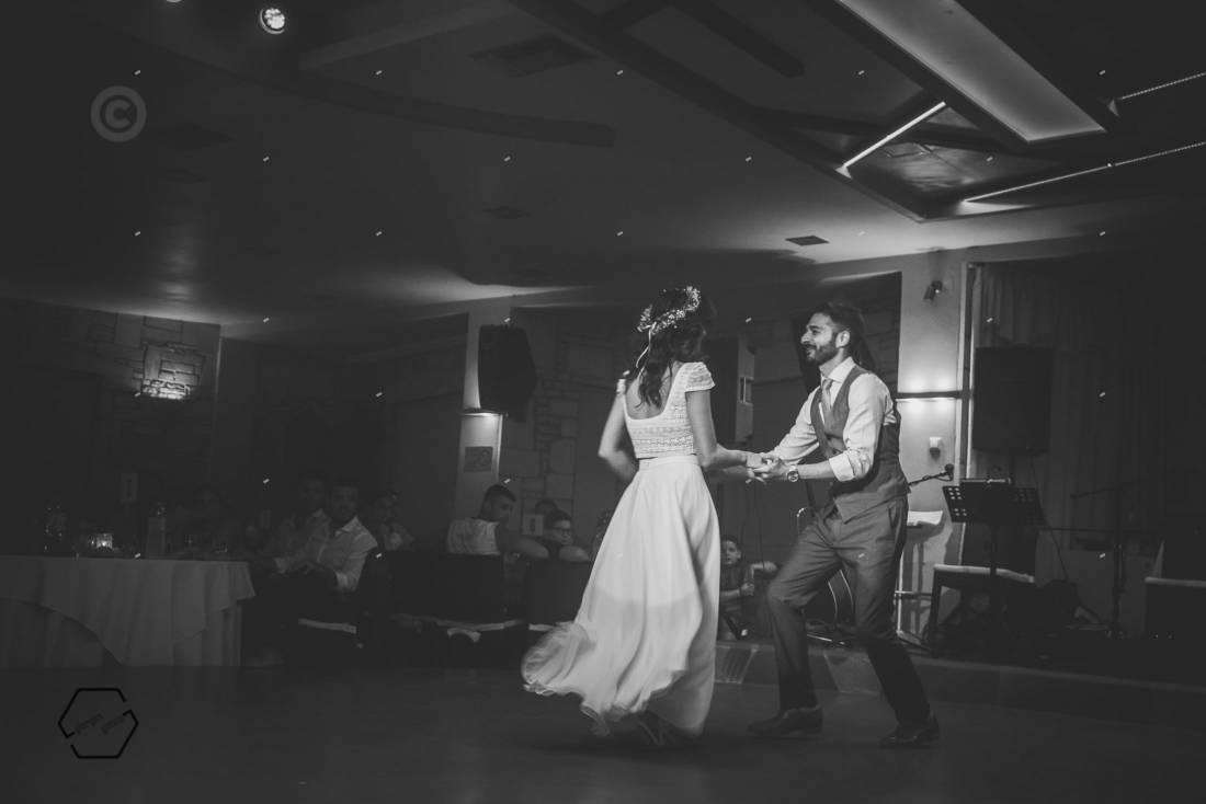 πρώτος χορός ζευγαριού swing