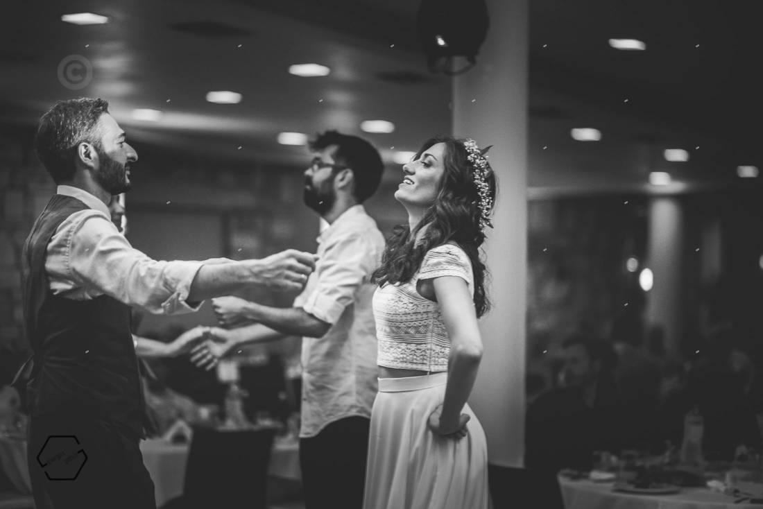 γλέντι κρητικού γάμου
