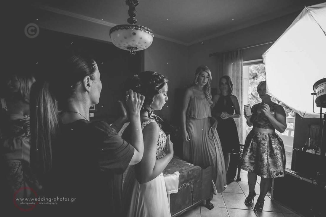 προετοιμασία νύφης με φίλες