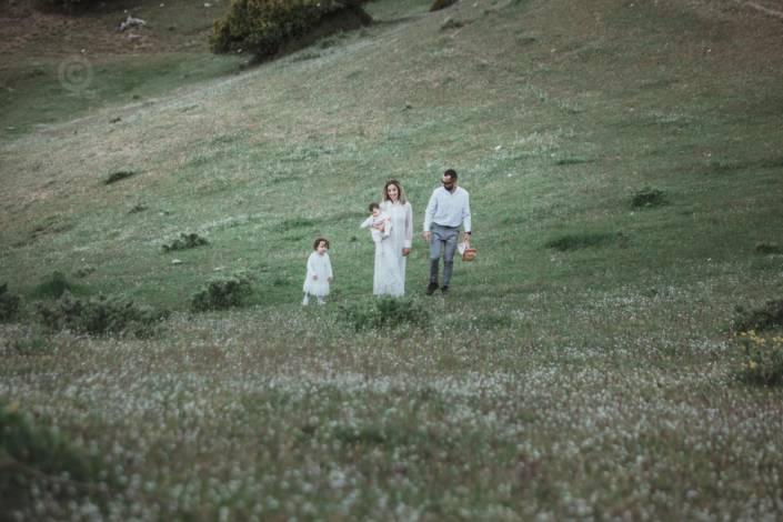 οικογενειακή φωτογράφιση βάπτισης