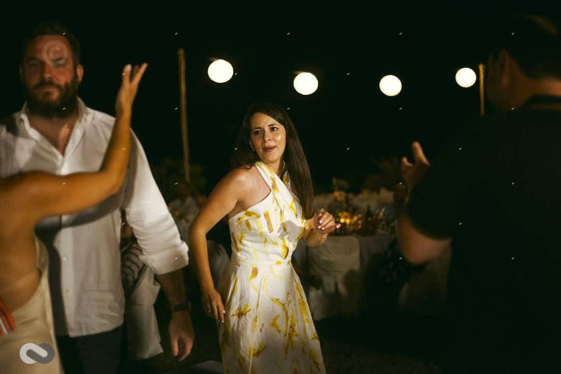 χωρόκαμπος, πάρτι γάμου