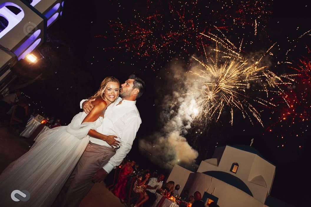 πυροτεχνήματα σε γάμο