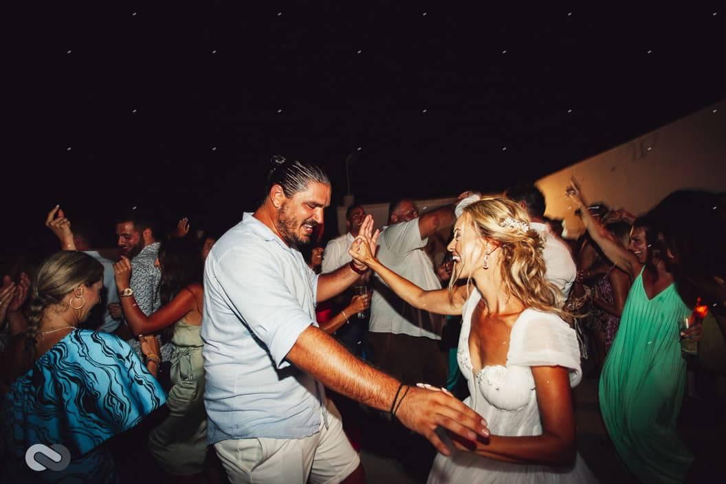γαμήλιο πάρτι στην κάσο - κάρπαθο