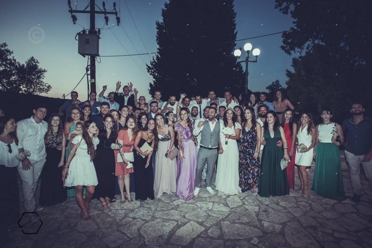 καλεσμένοι γάμου
